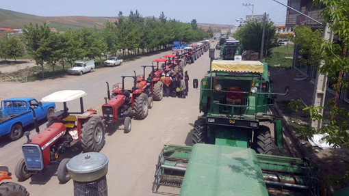تشکیل ۲۸۰۰ فقره پرونده جهت پلاک گذاری ماشین آلات کشاورزی در ۷ شهرستان استان آذربایجان شرقی