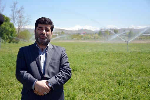 مجموعاً ۷۳۵۰۰ هکتار از مزارع و باغات آذربایجان شرقی مجهز به سیستم های نوین آبیاری هستند