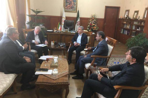 دیداراستاندار آذربایجان شرقی با مدیران عامل ۴ بانک کشور