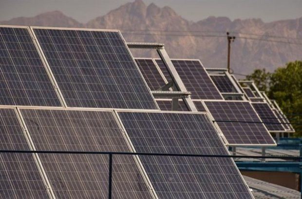 بهرهبرداری از نیروگاه خورشیدی ۹کیلوواتی در امور برق اندیشه