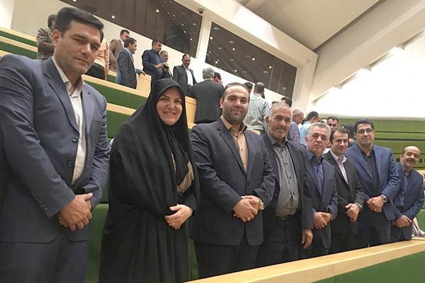 عضو کمیسیون اقتصادی و نماینده مردم شبستر در مجلس شورای اسلامی: دامپزشکان ناجیان گمنام سلامت کشور هستند
