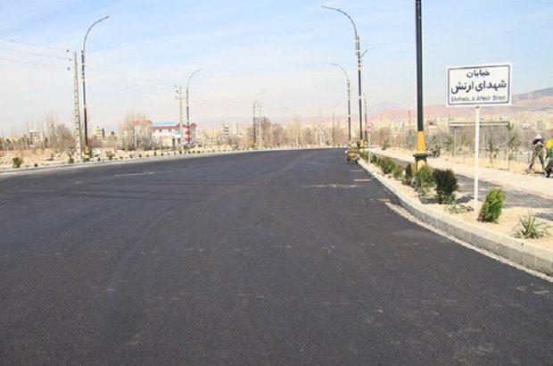 با ۴۸۰ تن آسفالت آسفالت ریزی اساسی در مسیرگشایی خیابان ۵۵ متری ارتش