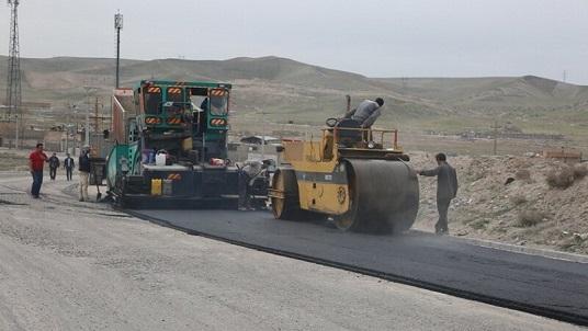 آغاز عملیات آسفالت ریزی مسیرگشایی ۳۰ متری مردانی آذر در شهرک اندیشه
