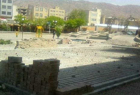 پروژه زمین فوتبال، والیبال چمن مصنوعی در پارک شمس تبریزی اجرا میشود