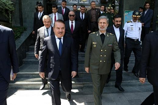 وزیر دفاع ایران در دیدار با وزیر کشور عراق؛  تقویت بنیه دفاعی عراق از راهبردهای اصلی جمهوری اسلامی ایران است