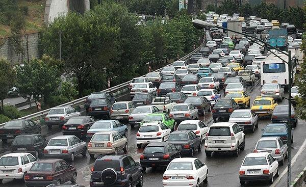 مدیرعامل سازمان ترافیک شهرداری تبریز عنوان کرد: کاهش ۳۵ درصدی حجم ترافیک با اجرای طرح زوج یا فرد