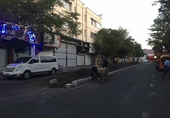 آغاز اجرای پروژه احداث پیاده راه کریم خان در شهرک ولی عصر(عج)