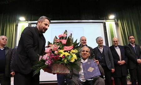 """شهردار تبریز: """"دکترشکور فردی اخلاق مدار و یک معلم و پدر دلسوز است"""
