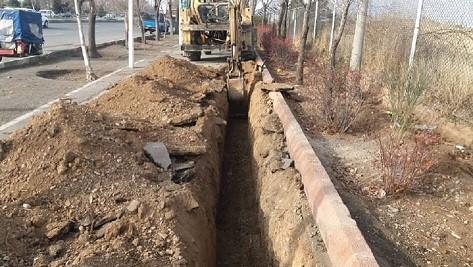 توسط شهرداری منطقه ۶ تبریز ؛آغاز اجرای طرح آبیاری قطرهای و عملیات لوله گذاری به طول ۴هزار متر