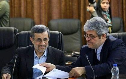 احمدی نژاد در جواب من به شوخی گفت مملکتی که با یه صحبت بهم می ریزه بذار بریزه