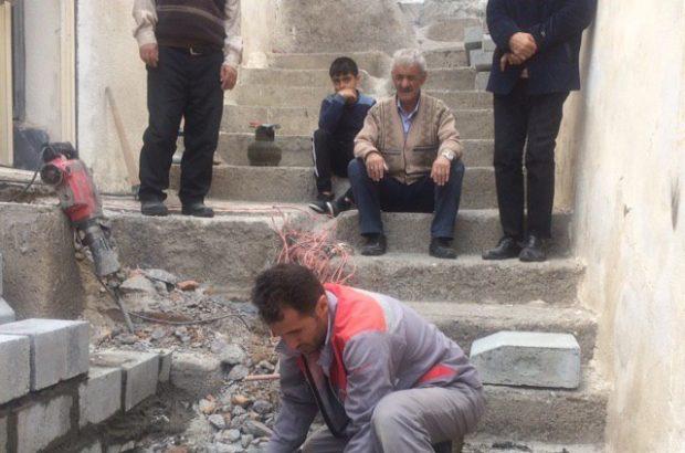 اتمام عملیات پله گذاری در کوچه شیبدار نصیری واقع در خیابان ایده لو