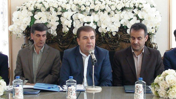 فرماندار آذرشهر: لازمه تحقق اهداف تأمین اجتماعی در حوزه اشتغال وکسب و کار قانون مداری است