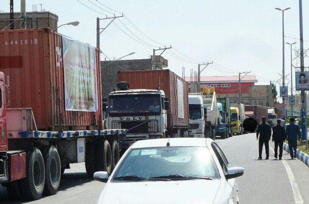 ورود کامیون های حامل تجهیزات معدنی باردیگر امید را به شهرستان ورزقان به ارمغان آورد+تصاویر