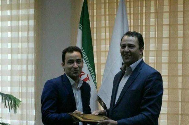 تجلیل شهردار محترم شهر آذرشهر ازخبرنگار فعال درحوزه شهر و شهرداری