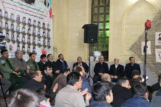 شهردار منطقه پنج تبریز خبر داد :  مشارکت فعالانه در برگزاری ۲ یادواره شهدا در دهه مبارک فجر