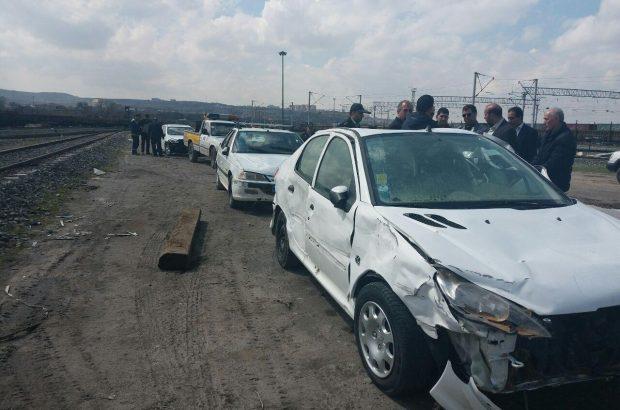 خودروهای خسارت دیده هموطنان آذربایجان شرقی و غربی در سیل شیراز تحویل صاحبانش شد