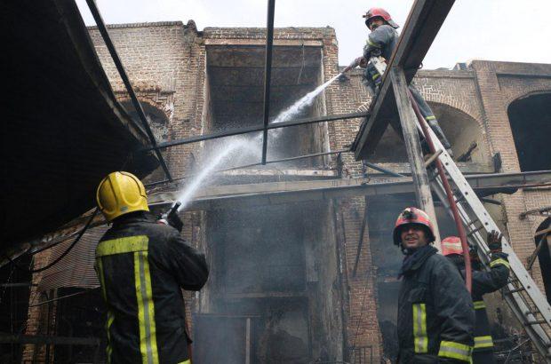 آرمان تبریز-گزارش تصویری از حادثه «بازار ایکی قاپیلی» تبریز / عکس از هانیه دخت جباری