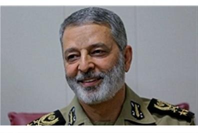 تقدیر فرمانده کل ارتش از وزیر دفاع و سازندگان جت ایرانی «یاسین»
