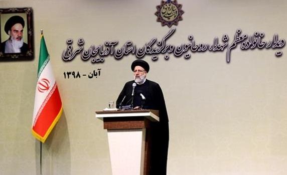 یقین بدانید جریان فساد در مجموعه نظام اسلامی امری ناخوشایند برای همگان است