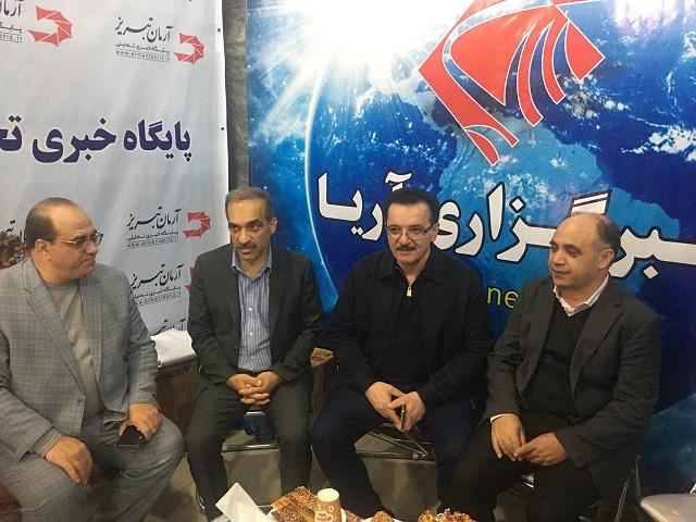 حضور نماینده مهندس زنوزی درغرفه خبرگزاری آریا و آرمان تبریز +تصاویر